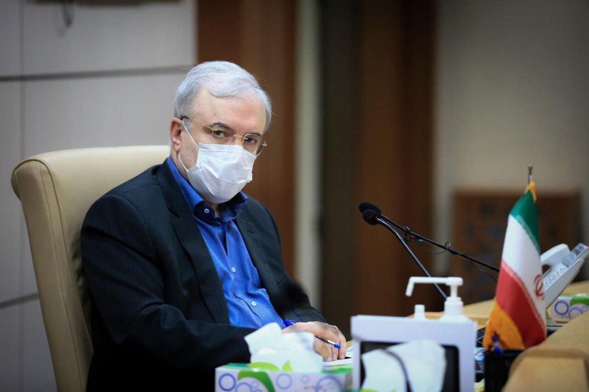 خبرنگاران وزیر بهداشت: مردم استفاده از ماسک را جدی بگیرند