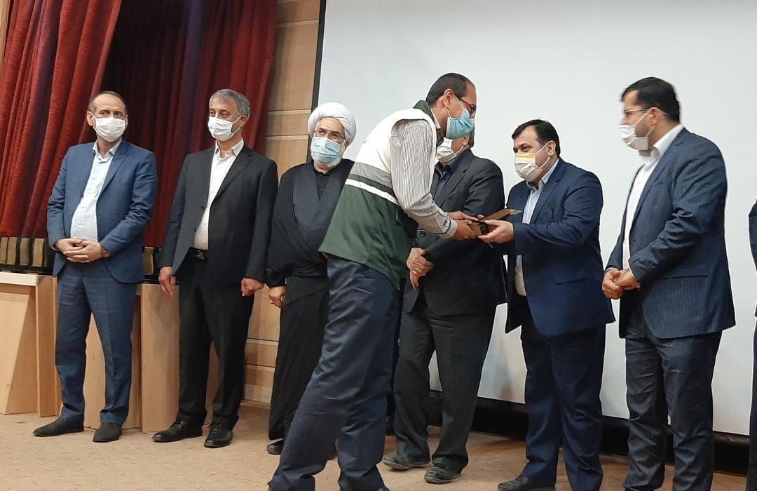 خبرنگاران دست اندرکاران بازسازی مناطق سیل زده گنبدکاووس تجلیل شدند