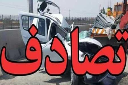 2 فوتی و 12 مصدوم در پی واژگونی یک دستگاه اتوبوس در اصفهان