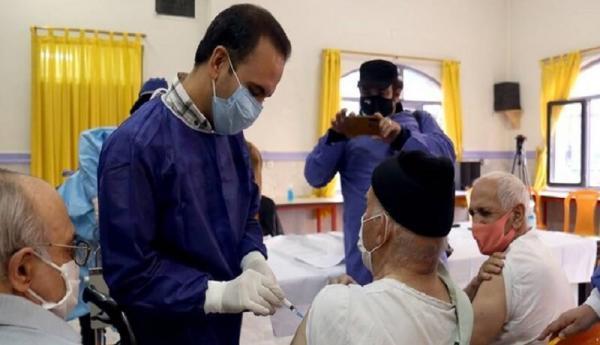 شروع واکسیناسیون افراد 70 سال به بالا از شنبه، خطر خیز پنجم کرونا