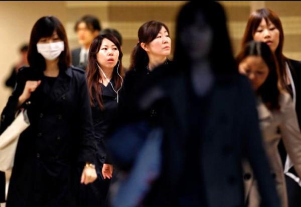 حمایت جوانان ژاپنی از جدا بودن نام خانوادگی پس از ازدواج