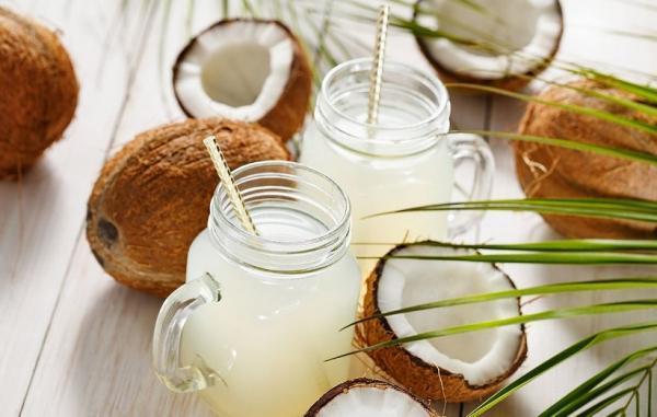 16 خاصیت حیرت آور شیر نارگیل برای پوست، مو و سلامتی